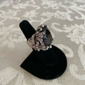 Jewelry - Cocktail Cluster Ring